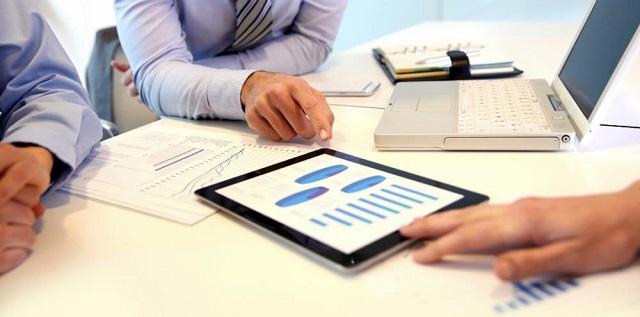 Redução de custos: 5 dicas para tornar a tecnologia uma aliada no controle de gastos