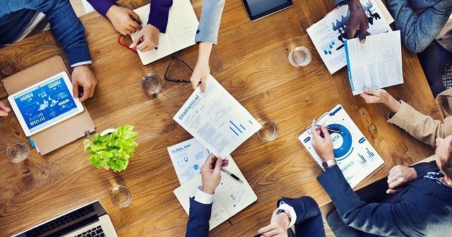 5 pesquisas controversas sobre comportamento no trabalho